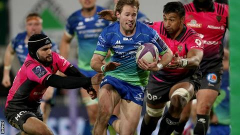 Brive are unable to halt Kieran Marmion as the Connacht scrum-half sprints in for a try