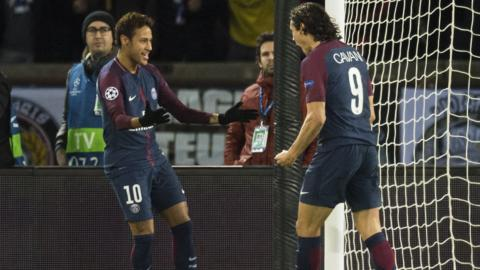 PSG's Neymar and Edinson Cavani