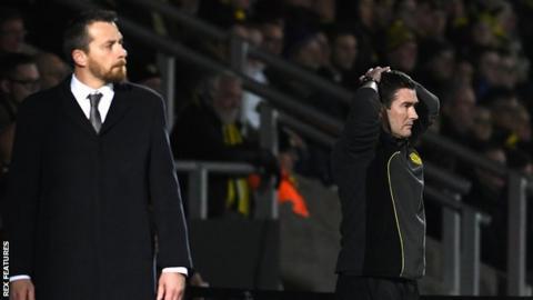 Nigel Clough (right) and Fulham boss Slavisa Jokanovic