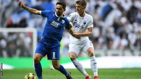 Ryan Brobbel in action against FC Copenhagen