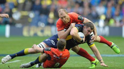 Saracens in action against Clermont Auvergne in the 2017 Champions Cup Final