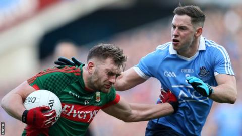 Mayo's Aidan O'Shea battles with Dublin's Philly McMahon at Croke Park