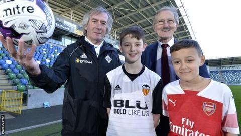 Northern Ireland and Arsenal legend Pat Jennings with SuperCupNI chairman Victor Leonard and Jay Gamble and Jay Harvey