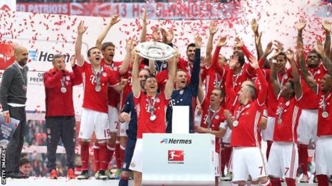 Bayern Munich lift the Bundesliga title