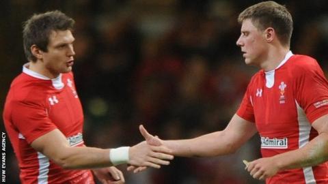 Rhys Priestland and Dan Biggar (L)