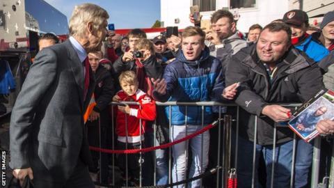 Arsenal manager Arsene Wenger arrives at Bournemouth