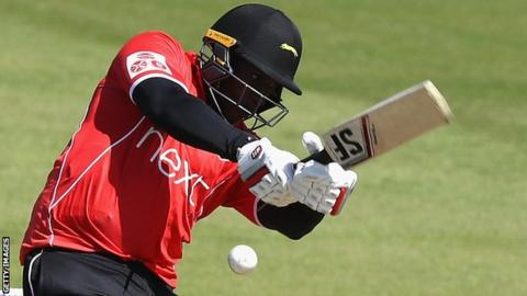Michael Carberry in action for Leicestershire