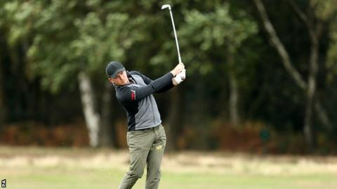 Eddie Pepperell in action in round three