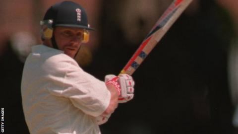 Robin Smith in action for England v West Indies 1995