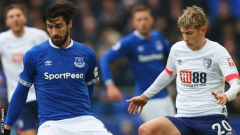 Andre Gomes in action for Everton