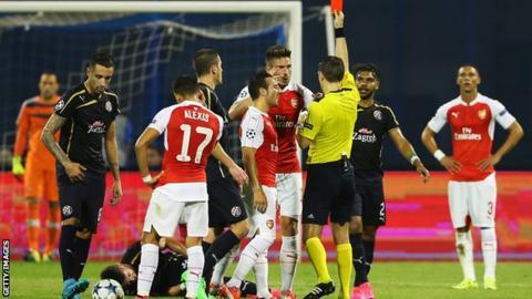 Arsenal striker Olivier Giroud is dismissed against Dinamo Zagreb