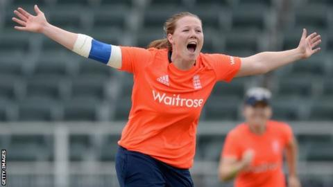 Anya Shrubsole in action for England