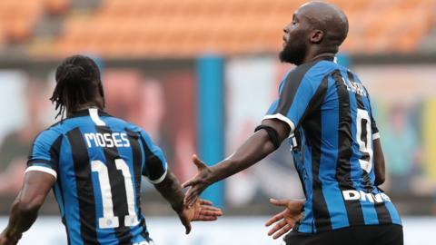 Victor Moses and Romelu Lukaku celebrate