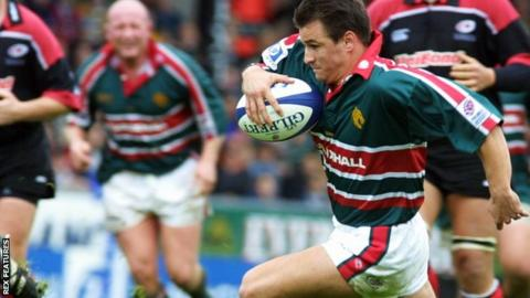 Steve Booth in action for Leicester Tigers in 2001