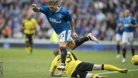 Rangers' Martyn Waghorn in action against Progres Niederkorn