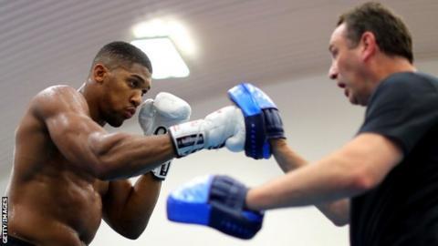Wilder: Parker vs Joshua will go the distance