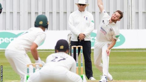 County Championship: Gloucestershire snatch last-over win ...