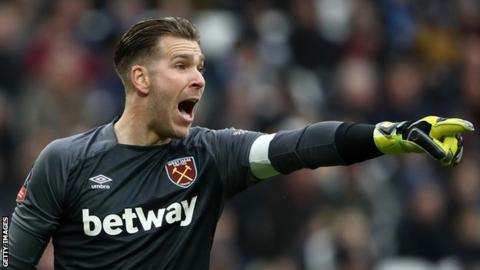 Liverpool keen on Adrian replacing Simon Mignolet