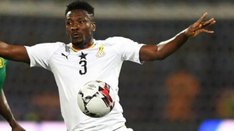 Ghana striker Asamoah Gyan to play in India