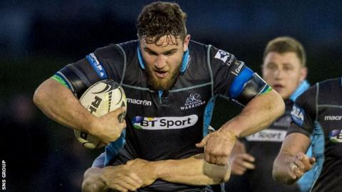 Adam Ashe in action for Glasgow Warriors