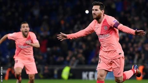 Messi's free-kick magic keeps Barca top, Sport