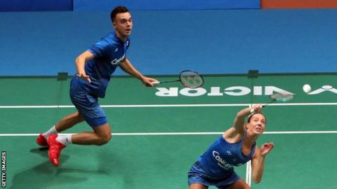 102770233 chrisandgabbyadcockgetty1 - Adcocks, Ellis & Smith into Badminton World Championships third round