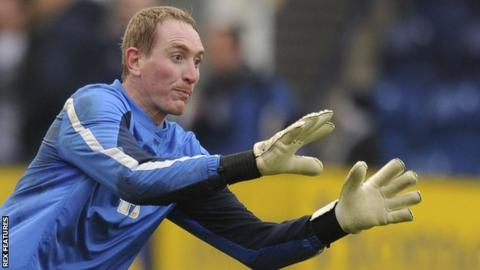 Chris Kirkland in action for Preston North End