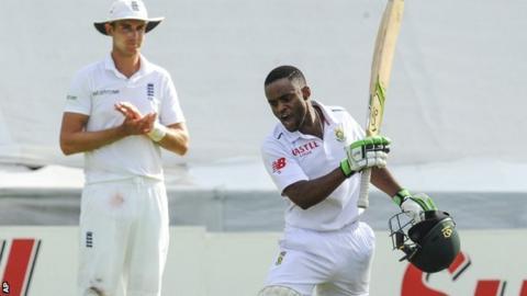 England's Stuart Broad applauds Temba Bavuma's maiden Test century