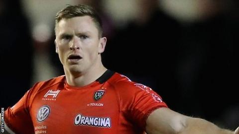 Chris Ashton broke the Top 14 try-scoring record with 24 tries in 23 appearances for Toulon