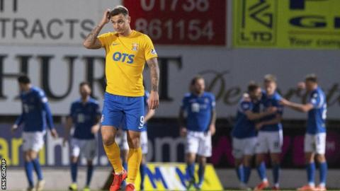 Saturday's 2-1 defeat by St Johnstone was Kilmarnock's seventh consecutive league loss