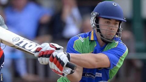 Stuart Thompson hit 18 boundaries in his unbeaten 136 against Leinster Lightning on Tuesday