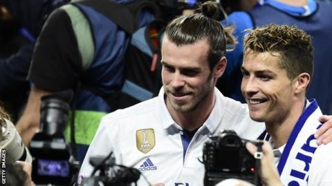Gareth Bale celebrates with Real Madrid team-mate Cristiano Ronaldo