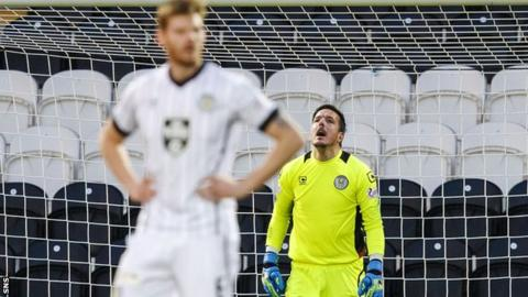 St Mirren goalkeeper Jamie Langfield shows his disappointment