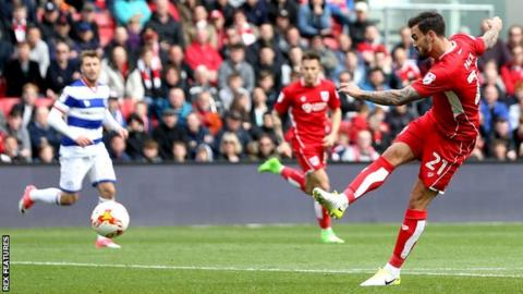 Marlon Pack scores for Bristol City