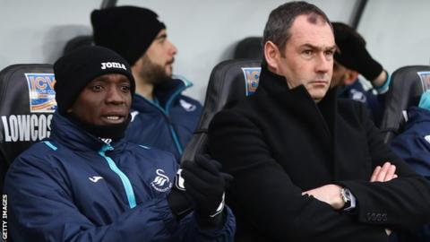 Claude Makelele with Swansea head coach Paul Clement