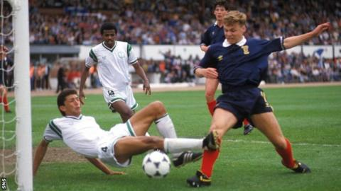 Paul Dickov, who went on to be a full international, scored in the final against Saudi Arabia