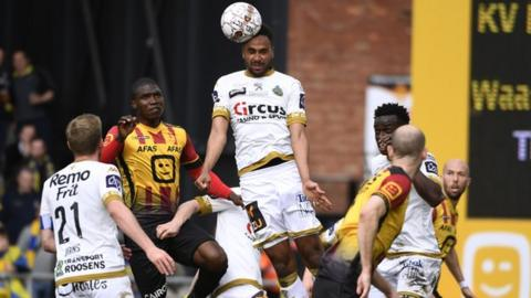 Mechelen contra Waasland-Beveren