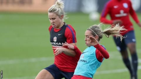 Izzy Christiansen and Jordan Nobbs training with England
