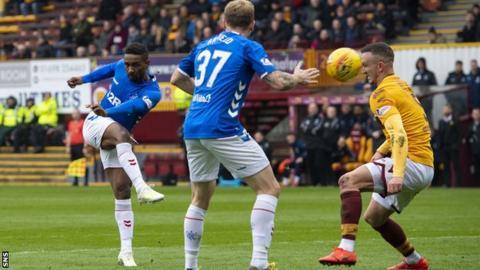Rangers' Jermain Defoe scores for Rangers against Motherwell