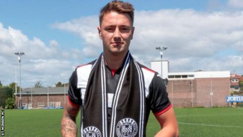 Josh Heaton poses in St Mirren kit