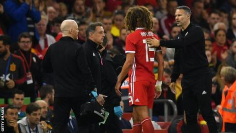 Ryan Giggs comforts Ethan Ampadu as he is substituted