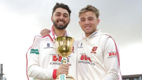 Essex players Aron Nijjar and Aaron Beard