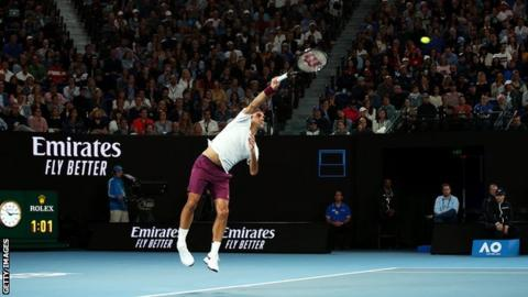Australian Open: Federer Roars Into Record 15th Quarter-Final