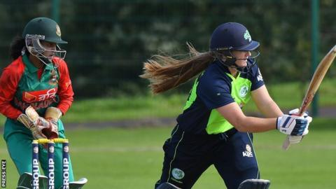 Shauna Kavanagh of Ireland in action against Bangladesh