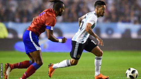 Argentina confirm Enzo Perez as Manuel Lanzini's World Cup replacement