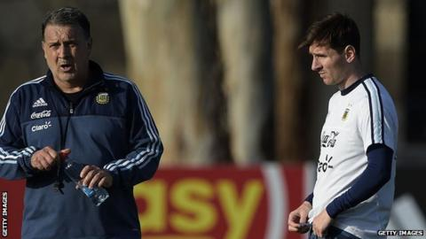 Gerardo Martino and Lionel Messi