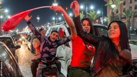 Moroccan fans celebrate the country's 2018 World Cup qualification