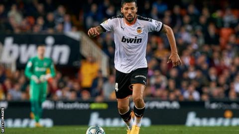 Ezequiel Garay of Valencia tests positive for corona virus