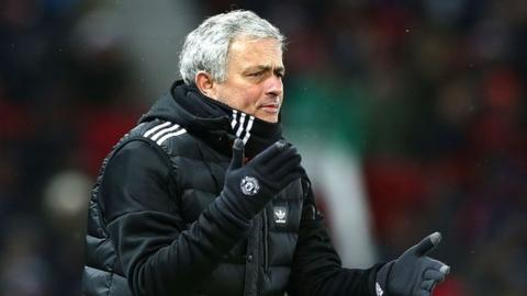Jose Mourinho 'will not be forced out by Manchester United players'