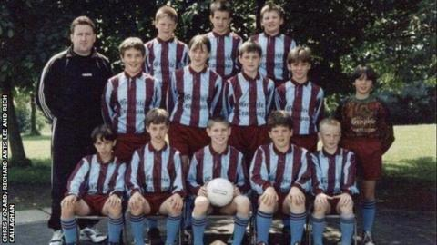 A photo of Jon Moss with the football team in which James Milner played